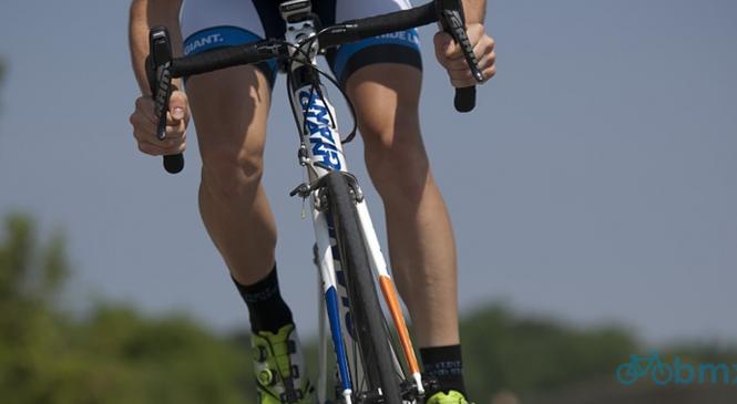 Cyclistes professionnels et amateurs : ce qui les différencie