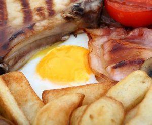 aliments petit déjeuner 300x248 - Nutrition en vélo: comment avoir une meilleure alimentation?
