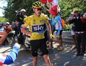 cyclistes 300x231 - Tour de France: voici quelques faits amusant
