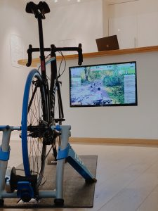 Vélo VR 225x300 - Technologie: comment impacte-elle le football et le cyclisme?